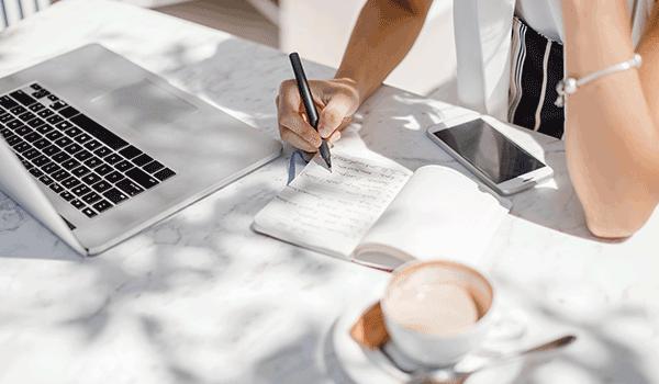 Hevesi Szandra - marketing szövegírás - tartalommarketing